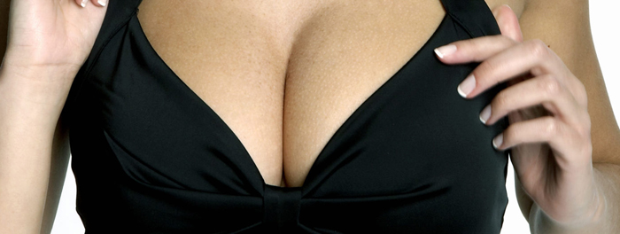 Should I Choose Saline or Silicone Breast Implants?